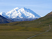 180px-Mount_McKinley_and_Denali_National_Park_Road_2048px